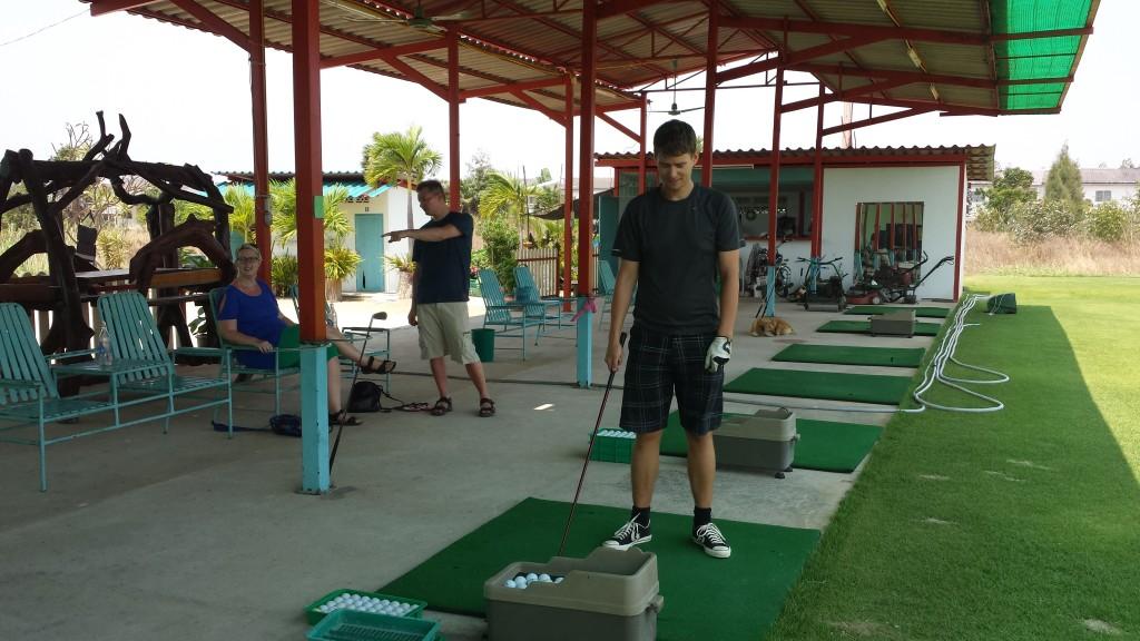 Golf Thomas, Tora og Jens