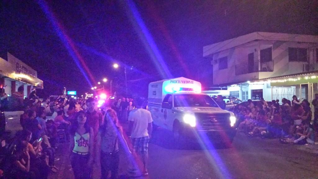 Jul i gaden politi