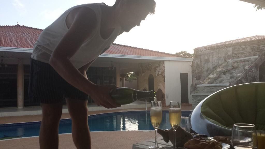 Nytar Thomas haelder champagne op2
