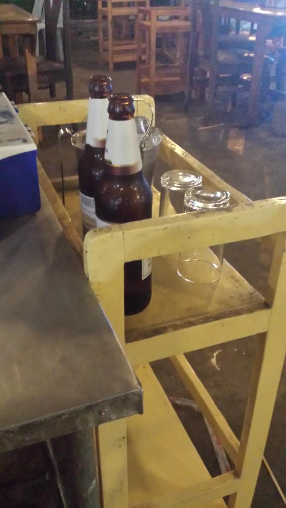 Sidebord til drikkevarer