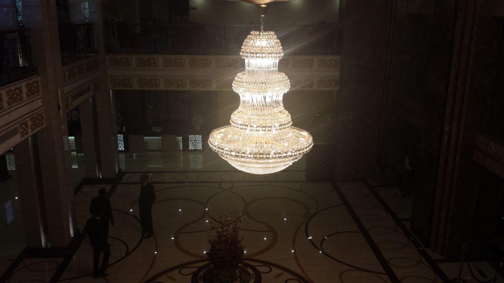 Kandy hotel lysekrone